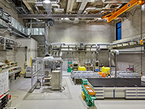 Material Cycles and Waste Treatment Verification Laboratory(Photo)
